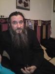 http://www.liviuioanstoiciu.ro/2012/04/cati-au-salariu-mediu-de-954-de-dolari-in-romania-azi-usl-nu-mai-primeste-transfugi-cearta-lui-paul-spirescu-har-de-la-poetul-monah-ignatie-grecu/protest-15-01-12-033/